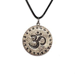 om-keramični nakit-meditacija-joga-obesek-nakit